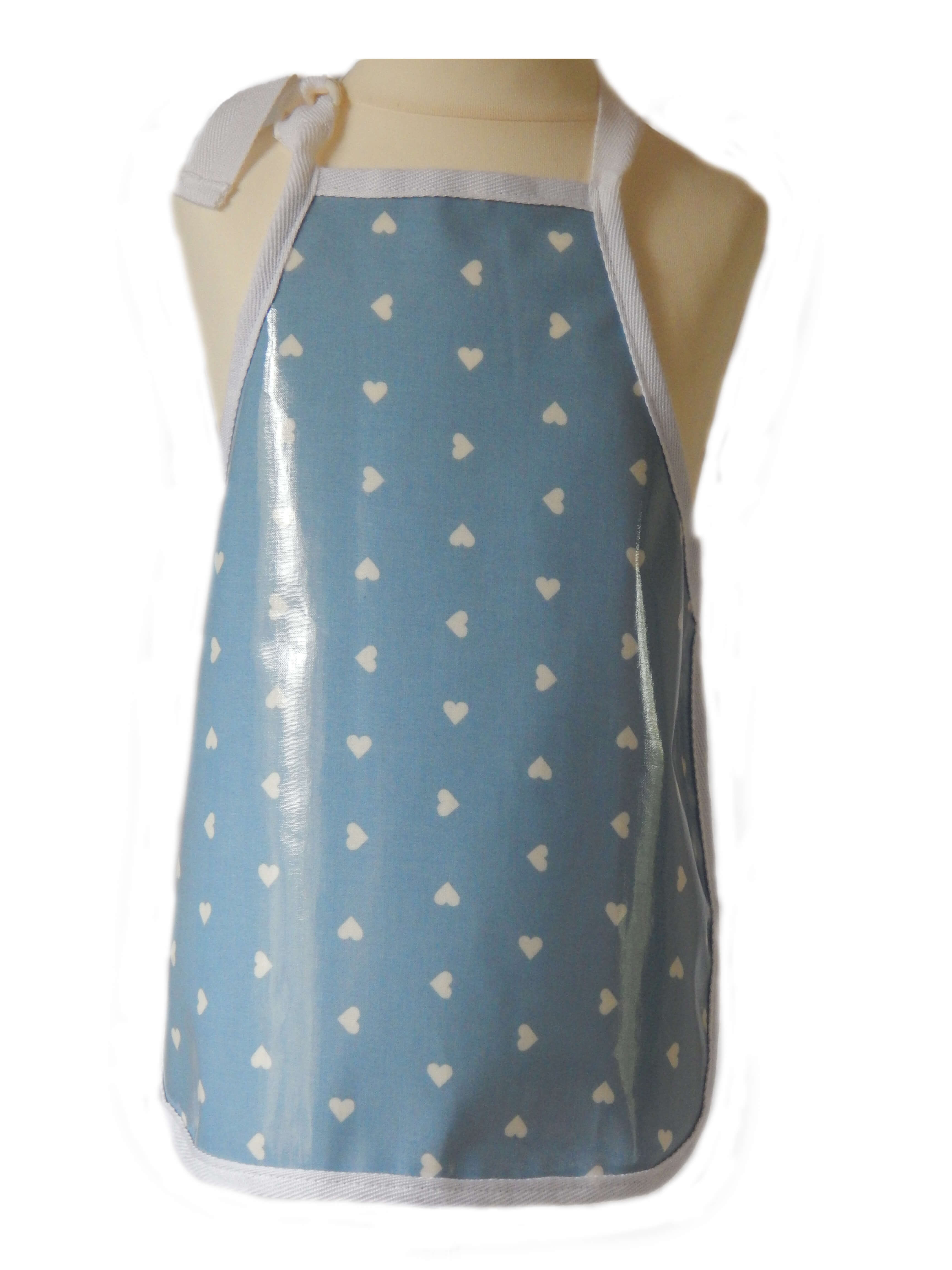 Kid's wipeable apron - White hearts design